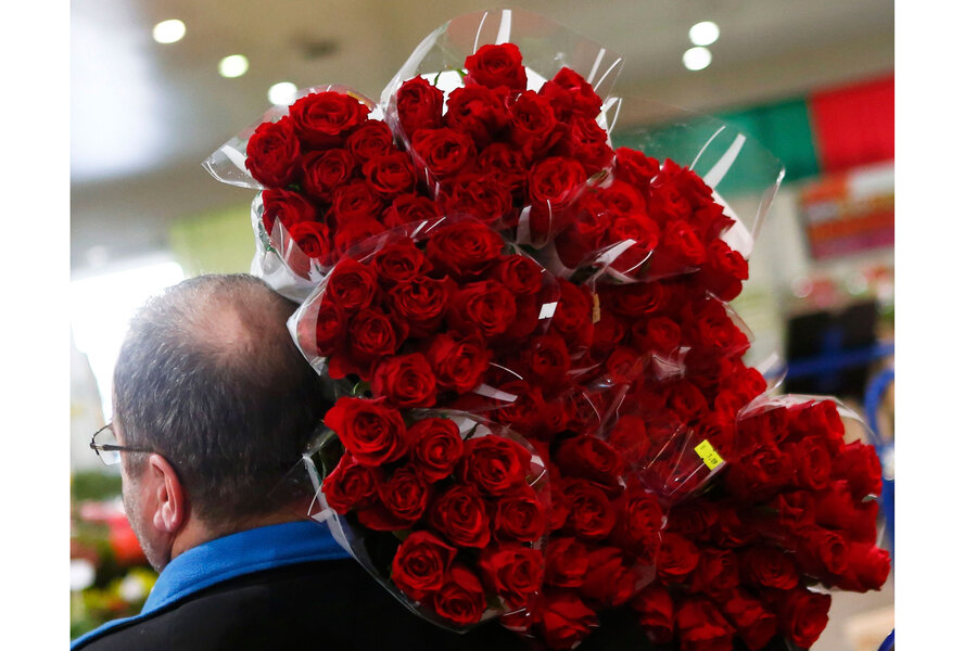The forces that drive the price of a bouquet of roses and for Buying roses on valentines day