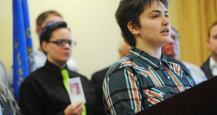 South Dakota 'bathroom bill' opens up conversation about transgender rights (+video)