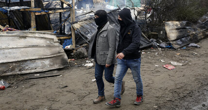 French court approves destruction of Calais refugee camp