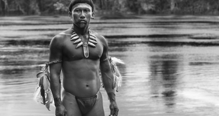 'Embrace of the Serpent': Director Ciro Guerra's technique can be meditative but also just vaporous