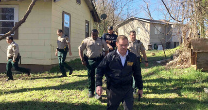Mississippi murder suspect escapes: How common are jail breaks? (+video)