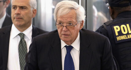 Tribune: Alleged abuse victim of ex-Speaker Hastert could testify