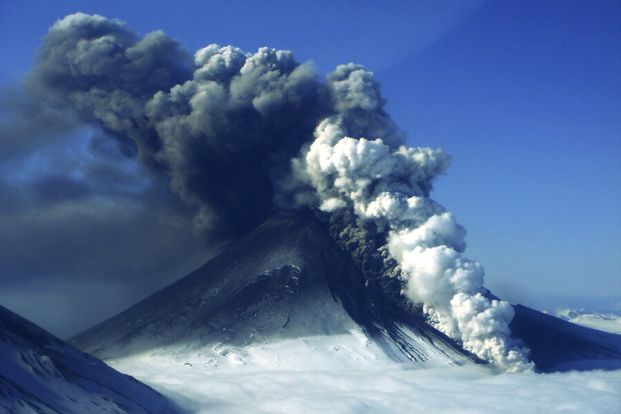 US has 169 active volcanoes, but scientists aren\'t worried ...