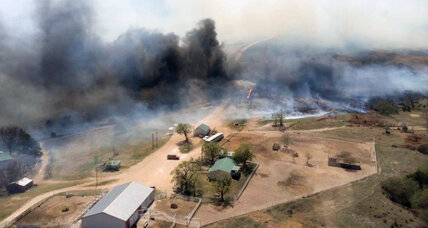 As largest wildfire in Kansas history rages, help from unlikely sources (+video)