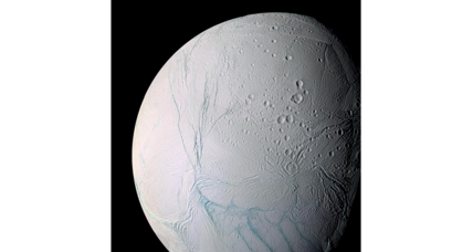 A new model may solve mysteries of Enceladus' icy geysers
