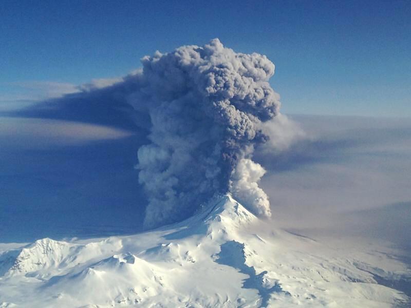 US has 169 active volcanoes, but scientists aren\'t worried ...