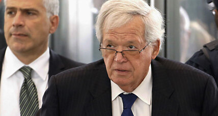 Alleged sex abuse victim sues Hastert for unpaid hush money