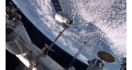 SpaceX Dragon cargo ship delivers inflatable habitat to space station