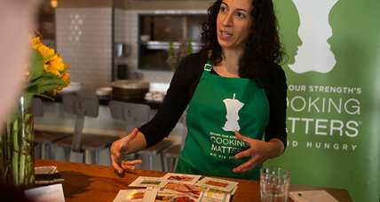 Now we're cooking: Course shows families how to make affordable, healthy meals