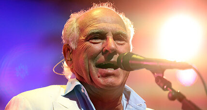Jimmy Buffett to play North Carolina, despite 'stupid law'