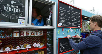 Food truck for Fido? Yes, that's how Seattle rolls