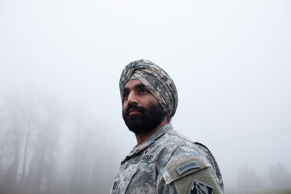 In A Changing Us Army Turbans And Hijabs Allowed
