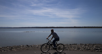 Nice weather eases Americans' climate change worries