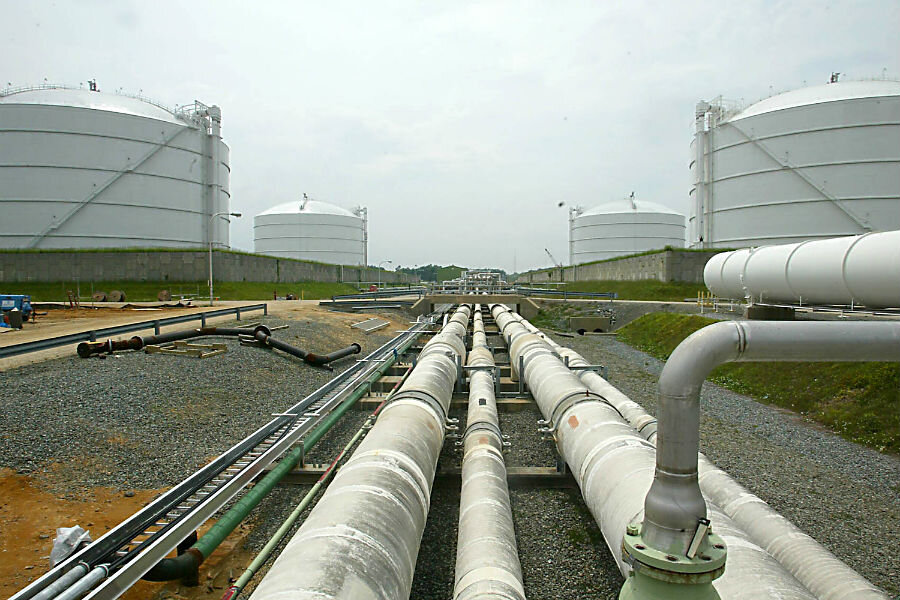 NY regulators rule against a natural gas pipeline for the state