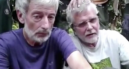 After Canadian beheaded, Philippines military pressured to save 20 hostages