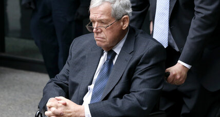 Hastert's accuser to remain under shroud of mystery (+video)