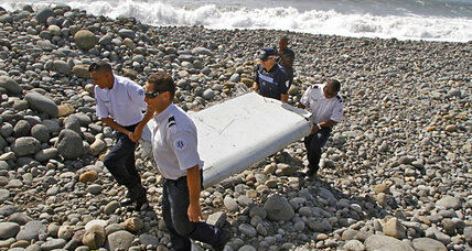 Malaysia officials confirm Flight 370 debris found off Africa coast