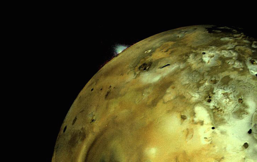 How volcanoes moved mountains on Jupiter's moon Io ...