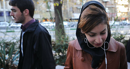 Iran arrests models for showing their unveiled heads on Instagram