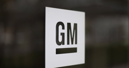 Following gas-mileage error, new labels on the way for GM's large SUVs