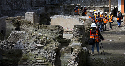 Roman subway project unearths 2,000-year-old army barracks