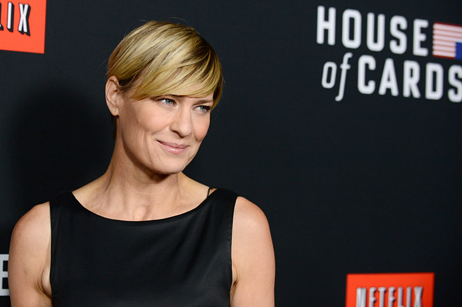 House Of Cards Robin Wright Summons Claire Underwood Equal Pay Or