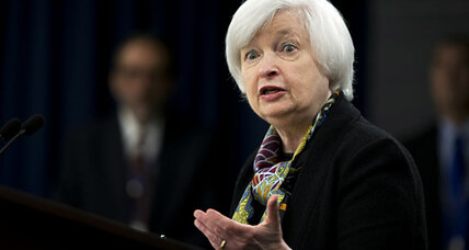 As economy improves, Fed hints at a hike in US interest rates (+video)