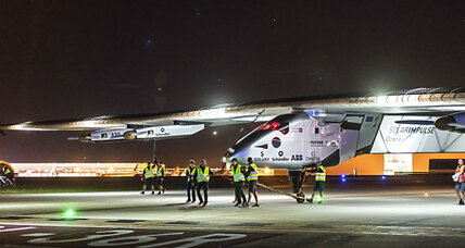 Solar Impulse 2 lifts off for Ohio
