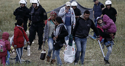 Greece begins moving 8,400 refugees away from border