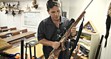 Gun owners must register with the FBI? Hawaii mulls first-in-nation law.