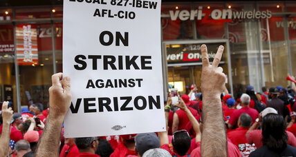 In Verizon contract deal, a larger victory for unions? (+video)