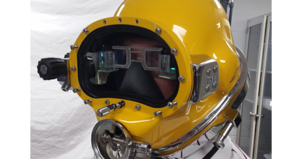 'Iron Man' dive helmet sports heads-up display for Navy divers