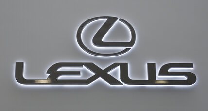 Lexus remotely updates software, crashes navigation: Is a cyberattack to blame?