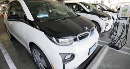 Why did the LAPD pick BMW i3 over Tesla Model S for its electric car fleet?
