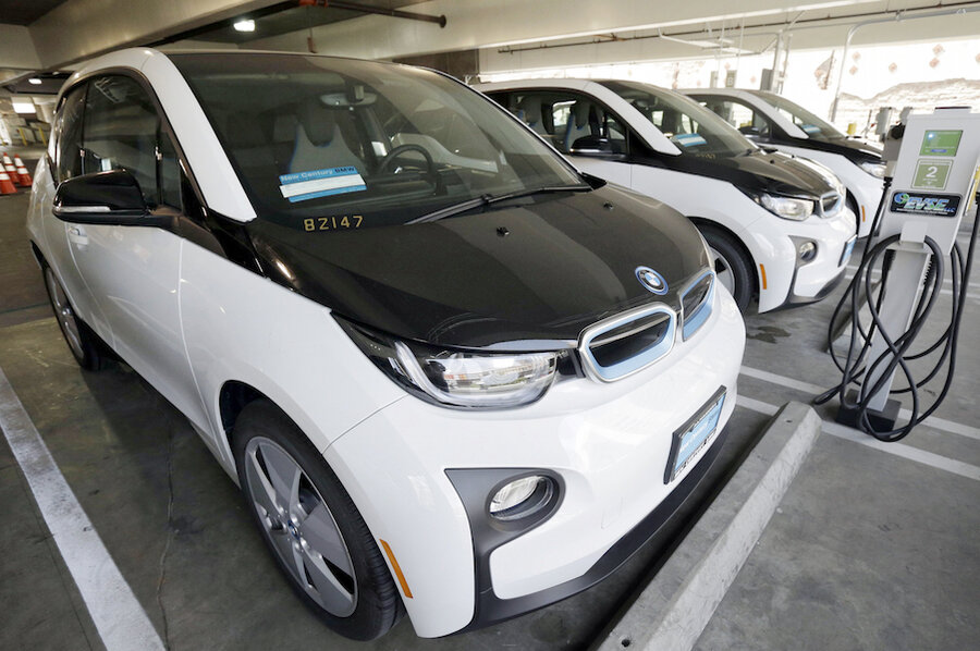 Why Did The Lapd Pick Bmw I3 Over Tesla Model S For Its Electric Car Fleet