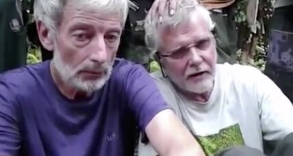 Philippine police examining if head is from Canadian hostage