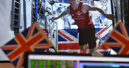 Britain's 'Major Tim' readies for journey back down to Earth