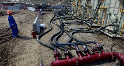 Judge rules that states, not US, have authority to govern fracking