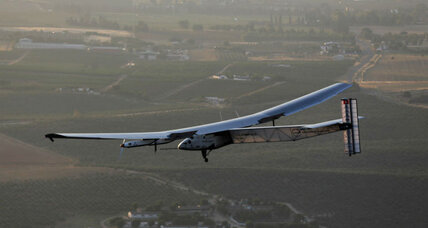 Powered by the sun, aircraft makes historic transatlantic flight (+video)