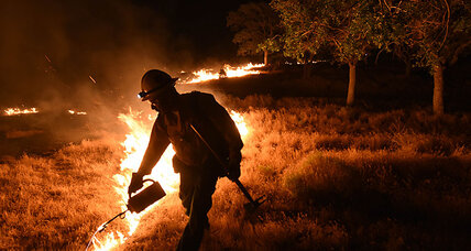 Firefighters make headway against central California wildfire