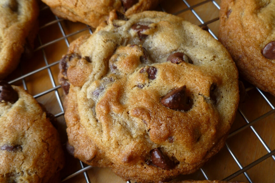A 'good looking' chocolate chip cookie recipe