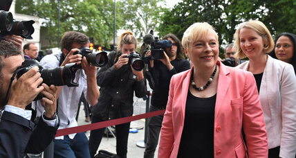 Why is Britain's Angela Eagle facing a no-confidence vote from Labour Party?