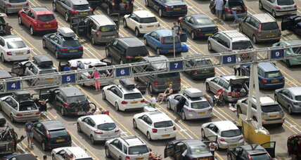 Massive delays stall England-to-France vehicle traffic