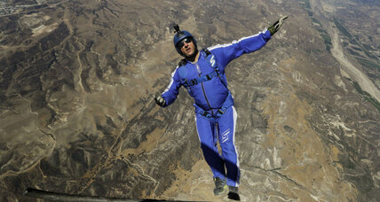 How did Luke Aikins survive a 25,000-foot-jump without a parachute?