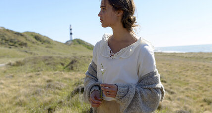 'The Light Between Oceans' director Derek Cianfrance wanted to make 'a Cassavetes film on a David Lean landscape'
