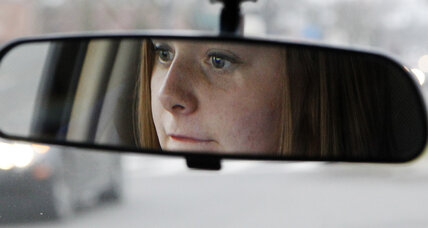 Survey: 68 percent of teens use apps while driving
