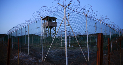 United Arab Emirates accepts 15 Guantánamo prisoners. 61 remain.