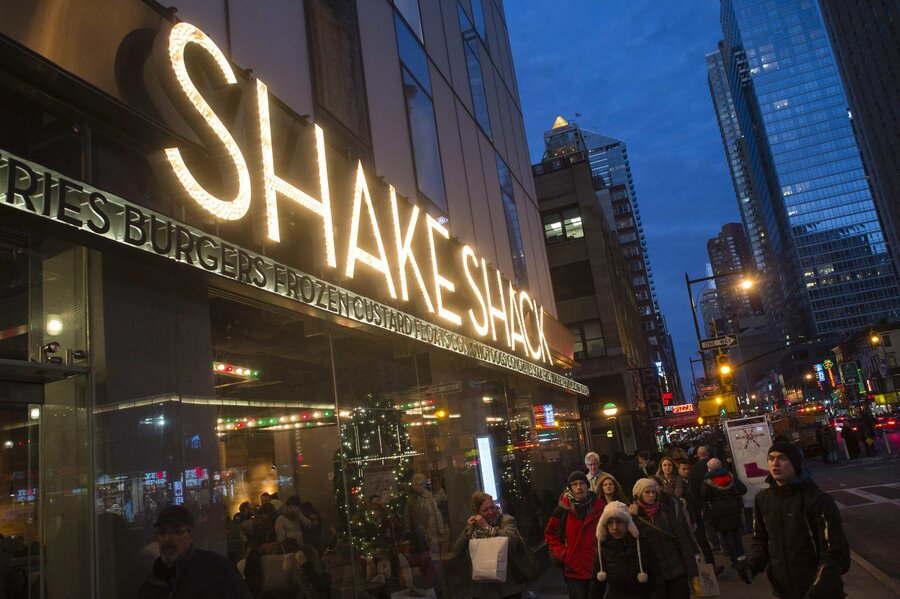 How Shake Shack is shaking up the burger industry - CSMonitor.com
