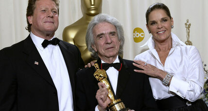 Arthur Hiller was director of romance 'Love Story,' comedy 'Silver Streak'