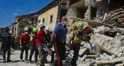In Italy earthquake kills at least 159, reduces towns to rubble